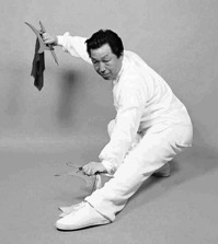 Master Gao Ji Wu with the Mandarin Duck Knives